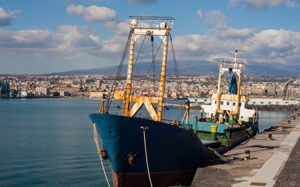 Seguridad en un barco de pesca y controles sanitarios (análisis de situación Covid-19)
