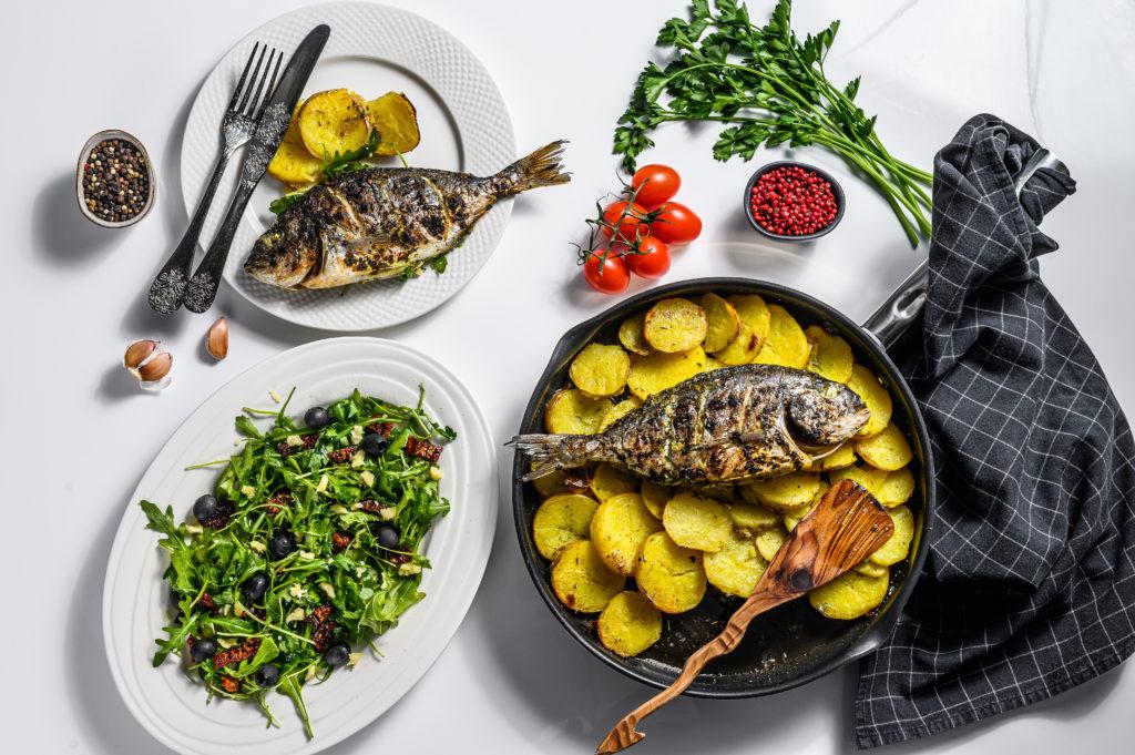 Sargo, el pescado azul para saborear el invierno, pescado al horno